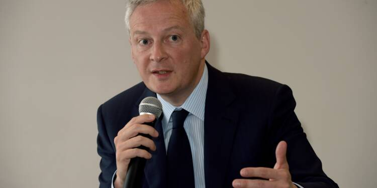 """Le Maire: les """"retraites chapeaux"""" seront limitées à 30% du salaire du dirigeant"""