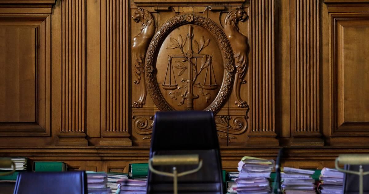 4e8f454c466 Les juges confirment le droit de porter le voile islamique au travail -  Capital.fr