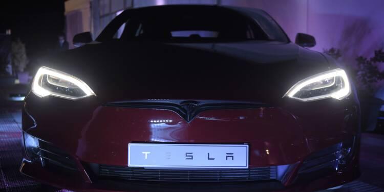 Une Tesla Model S prend feu sans raison apparente en Chine