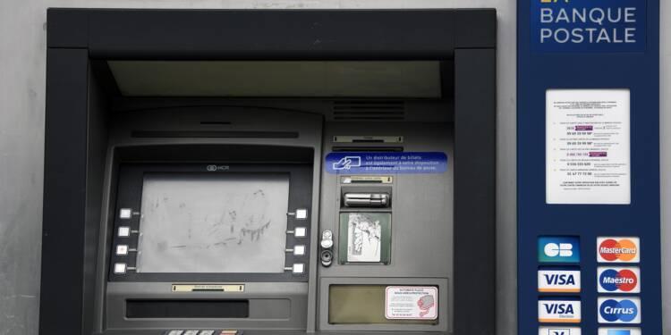 Distributeurs de billets : un gang de cyberbraqueurs démantelé