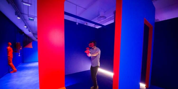 Des visites aux jeux en salle, le tourisme se met àla réalité virtuelle
