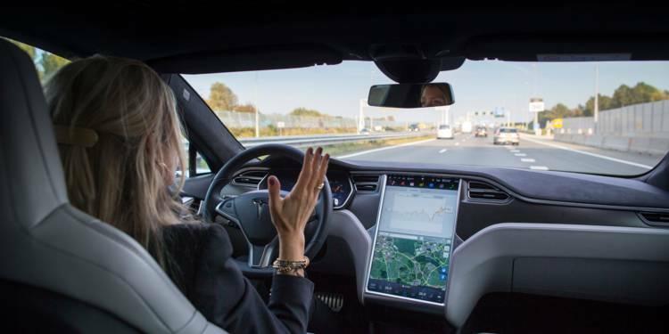 Tesla veut ubériser Uber avec ses taxis robots !