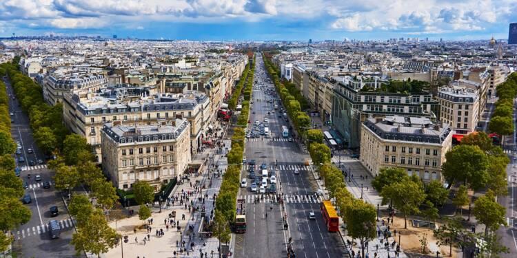 Champs-Élysées : les grandes enseignes mettent le paquet pour frimer