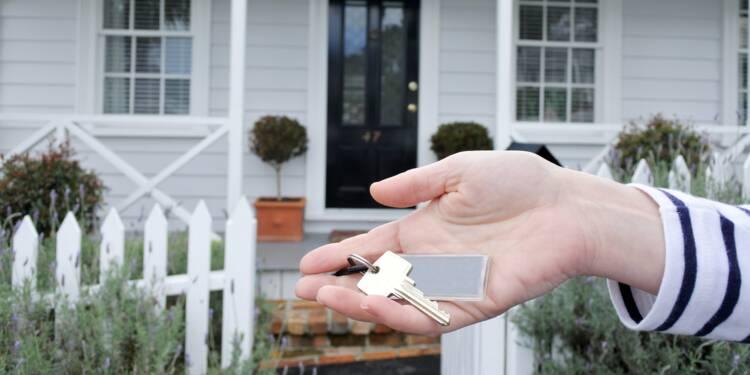 Face aux impayés, un propriétaire retire la porte d'entrée et les fenêtres de ses locataires