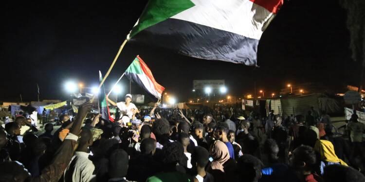 """Soudan: les généraux suspendent pour """"72 heures"""" le dialogue sur la transition politique"""