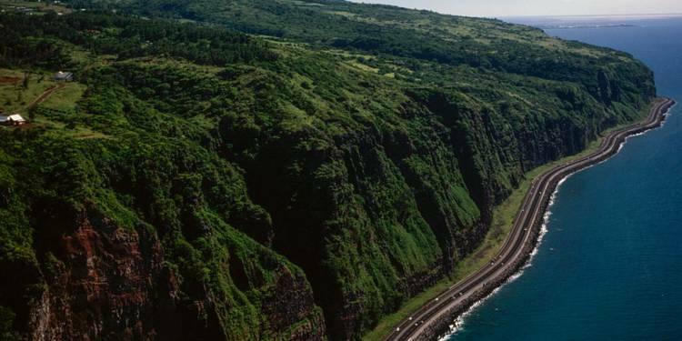 Encore 33 millions d'euros pour la route du littoral à la Réunion !