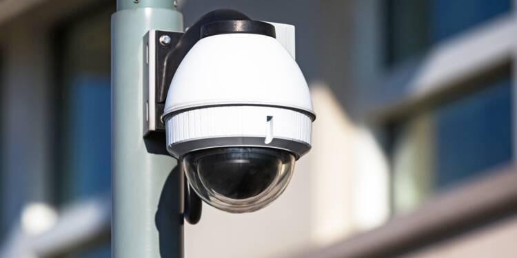 À Hyères, une caméra de vidéosurveillance parlante pour enguirlander les piétons