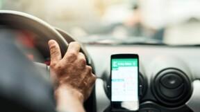 Waze, Coyote : la signalisation de certains contrôles routiers est désormais interdite !