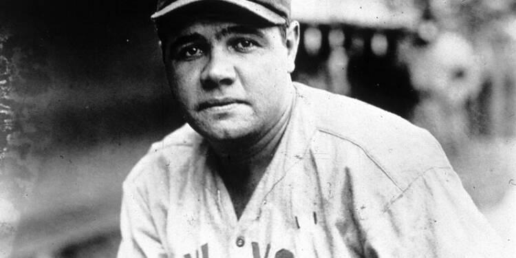 Un maillot de Babe Ruth devient l'accessoire de sport le plus cher jamais vendu aux enchères