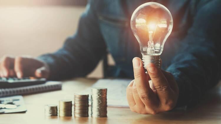 """EDF casse ses prix et lance sa nouvelle offre d'électricité """"30% moins cher"""""""