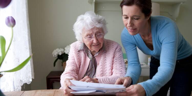 Services à domicile pour personnes âgées : des comparateurs pour vous aider à choisir