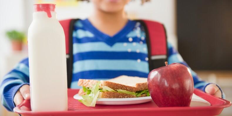 Cantines scolaires : le défenseur des droits veut des tarifs moins élevés et plus de menus de substitution