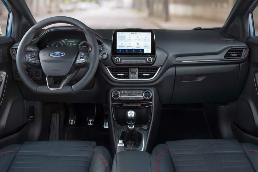 Une planche de bord de Ford Fiesta