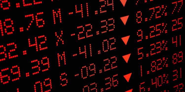 Dette et risque de krach sont les principaux dangers pour 2019, alerte le gendarme de la Bourse