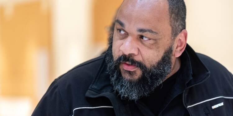 Dieudonné condamné à deux ans de prison ferme