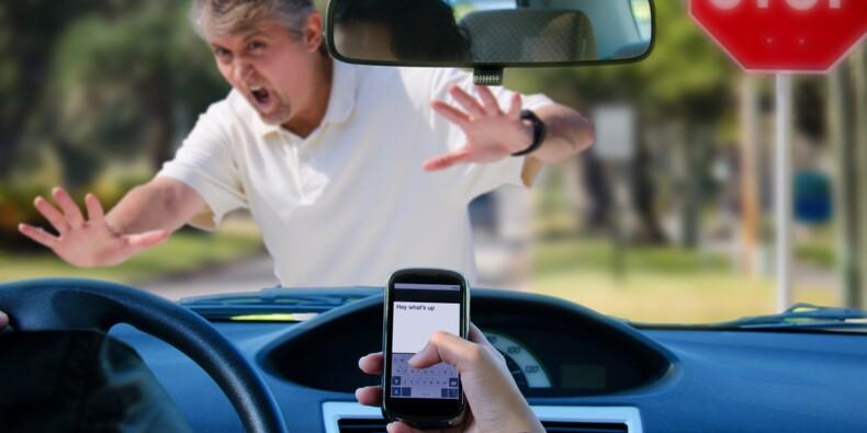 Le téléphone au volant pourrait entraîner une suspension du permis