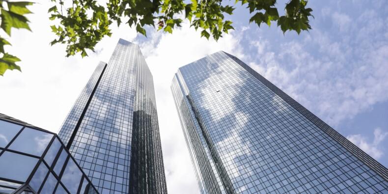 Parachutes dorés, banquiers millionnaires… Les chiffres édifiants de Deutsche Bank