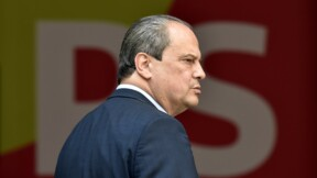 """Jean-Christophe Cambadélis et 14 autres parlementaires soupçonnés de """"détournements de fonds publics"""""""