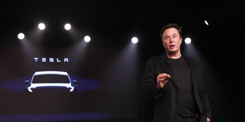 Tesla : Musk donne de nouveaux détails sur les mini fusées du Roadster