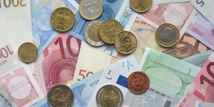 La faiblesse des taux d'intérêt plombe les banques mais fait le bonheur des emprunteurs