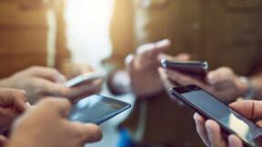 Deux modèles de smartphones interdits en France parce qu'ils émettent trop d'ondes