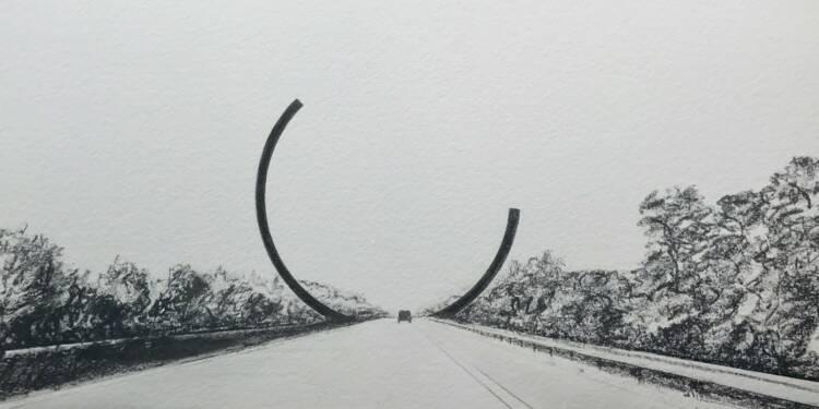35 ans après sa commande par Jack Lang, cet arc géant va orner une autoroute belge