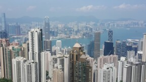 Hong Kong : premiers coups de feu de la police, escalade du conflit