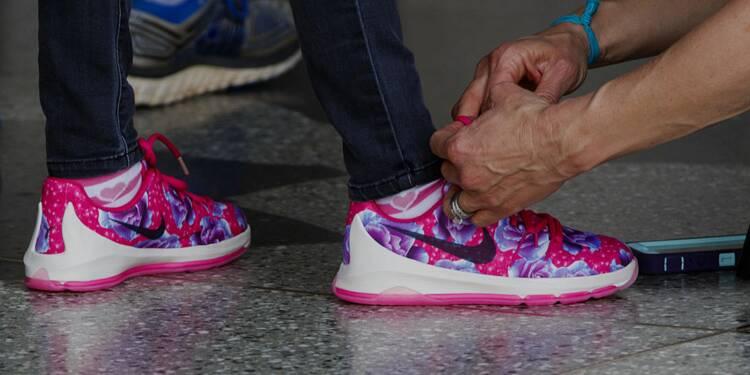 paire de chaussure nike enfant
