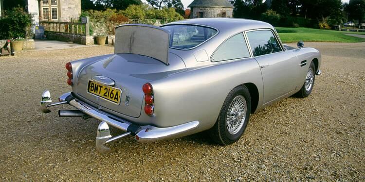 Une Aston Martin DB5 de James Bond atteint un prix record aux enchères