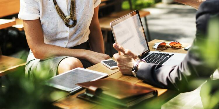 Comment les entreprises peuvent recréer de l'attachement avec leurs salariés