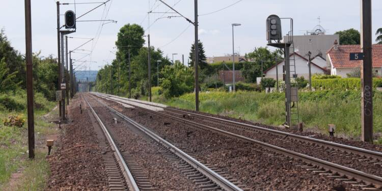 Câbles défectueux, boulons manquants... le réseau SNCF dans un état très inquiétant
