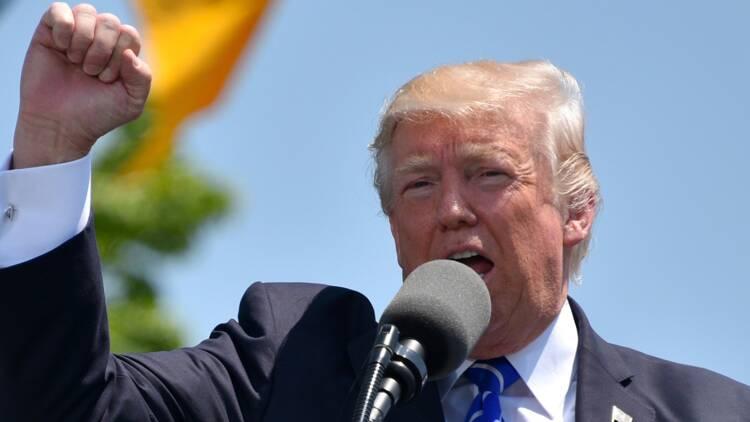 """Donald Trump se proclame """"l'Elu"""" dans la guerre commerciale face à la Chine"""