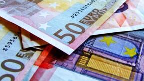 L'euro chute lourdement face au dollar, craintes sur l'économie