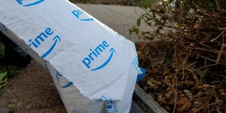 Amazon vilipendé pour son retour aux emballages non recyclables