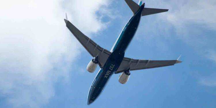 737Max cloué au sol : un client réclame une énorme amende à Boeing