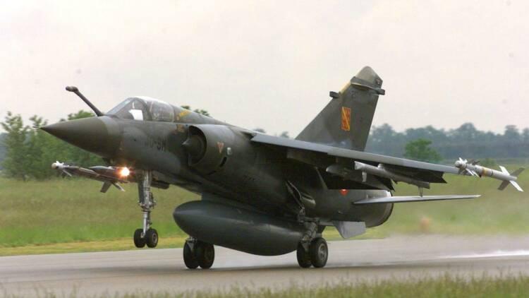 Une entreprise privée américaine fait voler un Mirage F1 pour la première fois