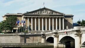 Réforme des institutions : la réduction de 25% des parlementaires inscrite dans le projet de loi