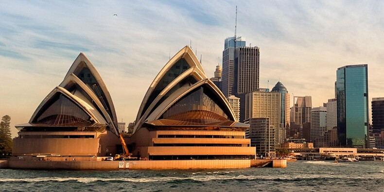 """L'Australie demande à Twitter de retirer un tweet """"répugnant"""" de la Chine, il refuse !"""