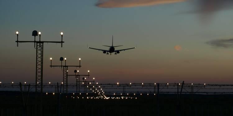 Transport aérien : quelles sont les compagnies qui ont été le plus en retard cet été ?