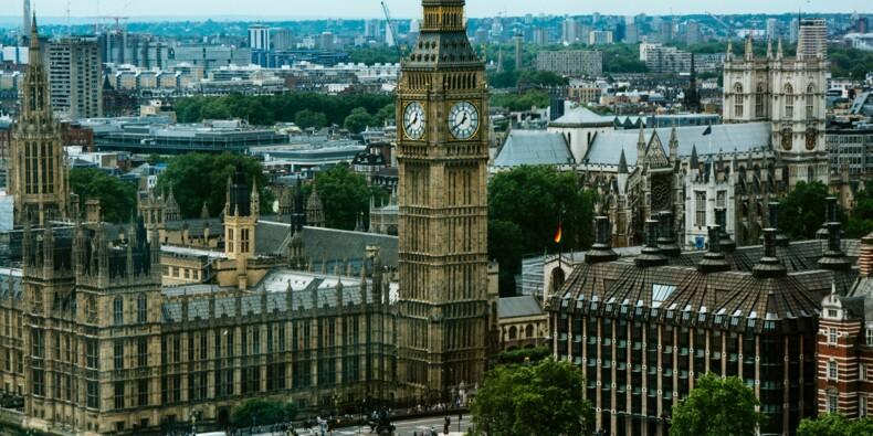 Royaume-Uni : la croissance s'envole avec le déconfinement, mais le Covid-19 revient