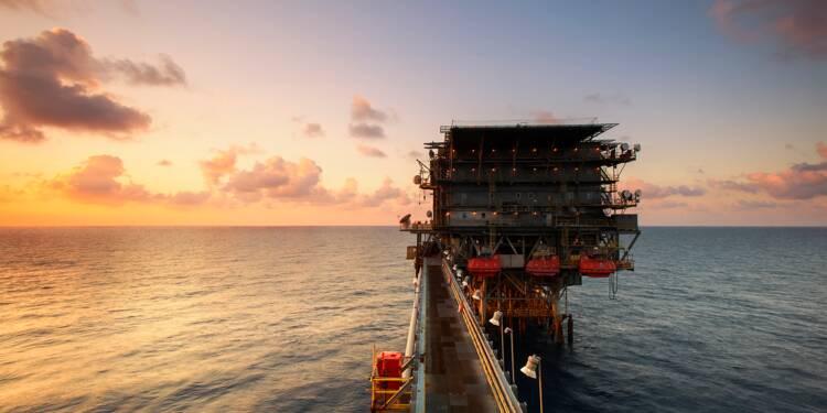 Le géant du pétrole Shell frappé de plein fouet par la crise de l'or noir