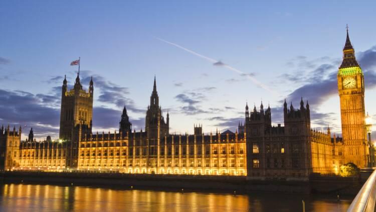 Covid-19 : le scénario (très) noir de la Banque d'Angleterre pour l'économie