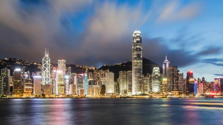 Chine : après les manifestations, le virus risque de plomber la croissance à Hong Kong