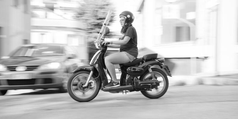 Pluie de PV sur les motos et scooters à Paris