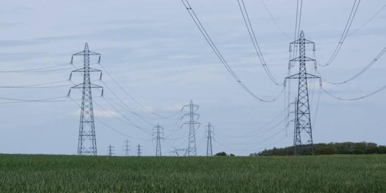 Electricité : les coupures pour impayés bondissent, tarifs en hausse en février