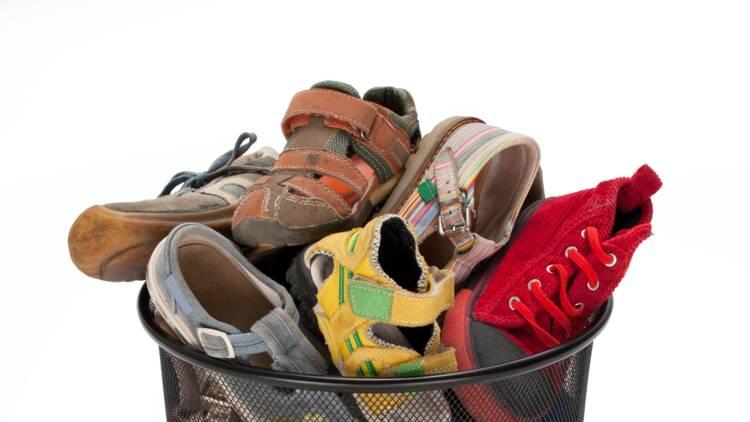 Un Go Sport crée la polémique en jetant des chaussures neuves