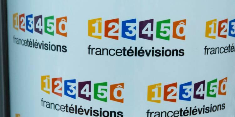 """Le CSA tape sur les doigts de France Télévisions pour la pancarte """"Macron dégage"""" retouchée"""