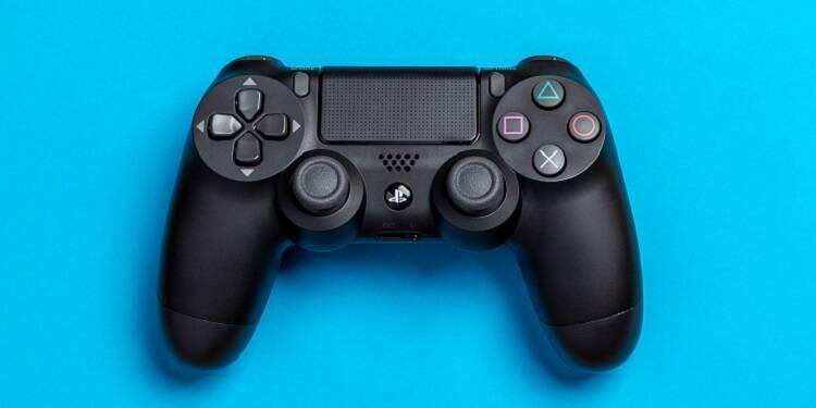 La PS4 Slim, avec FIFA 20, disponible à seulement 299,99 euros