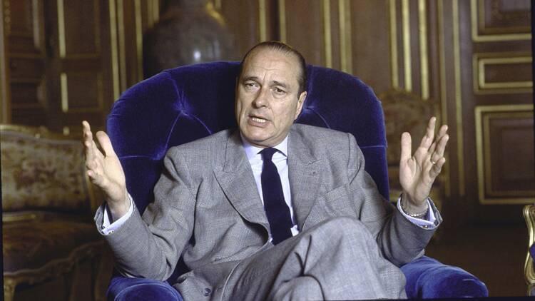 Mort de Jacques Chirac : le business des t-shirts et des souvenirs
