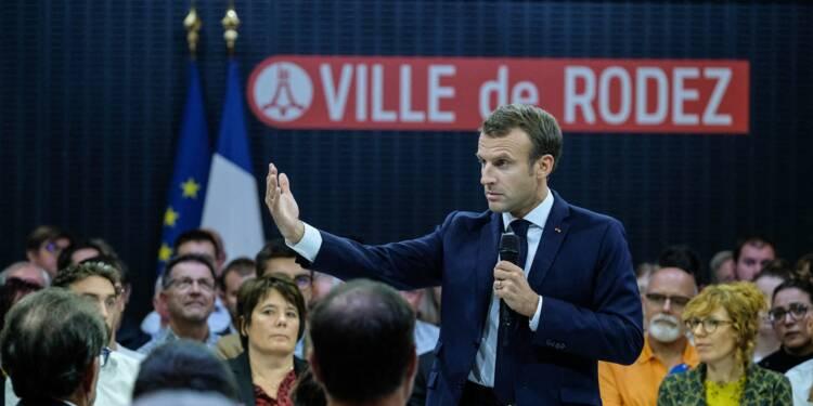 Caisses de retraite : Emmanuel Macron promet qu'elles garderont leurs réserves financières